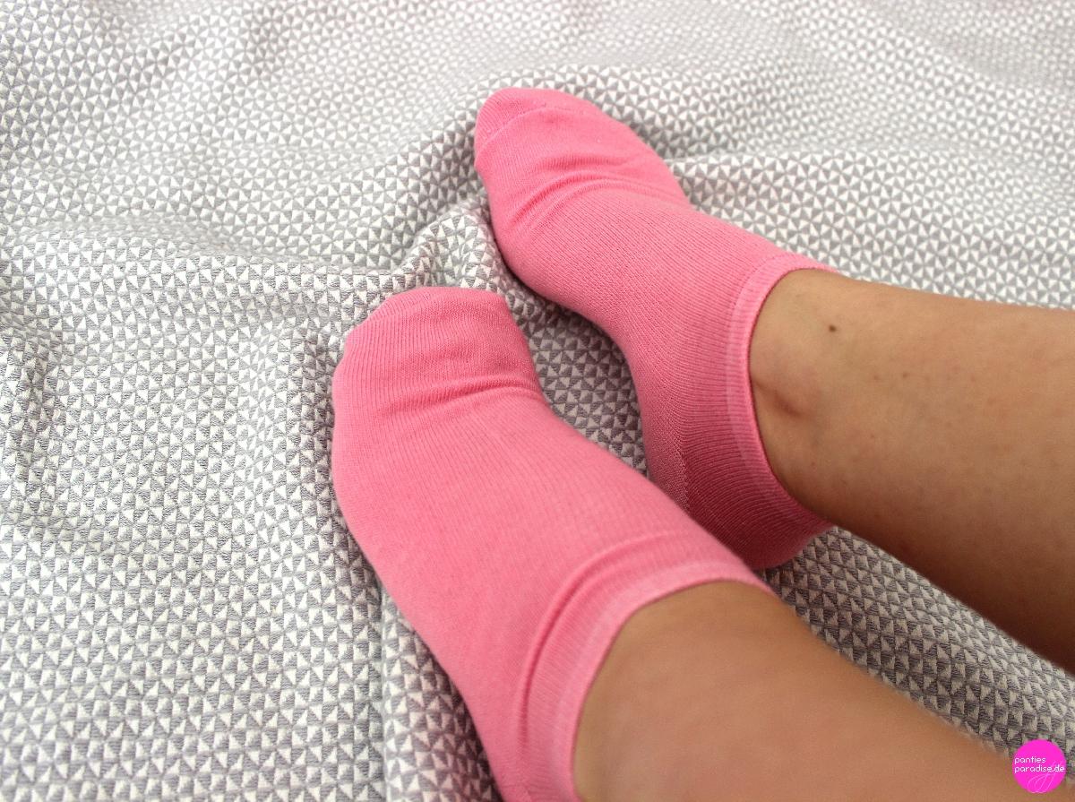 Knallige Sneaker-Socken